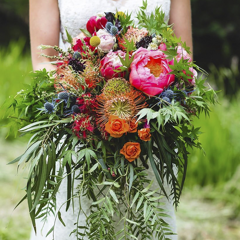 creative flowers santorini