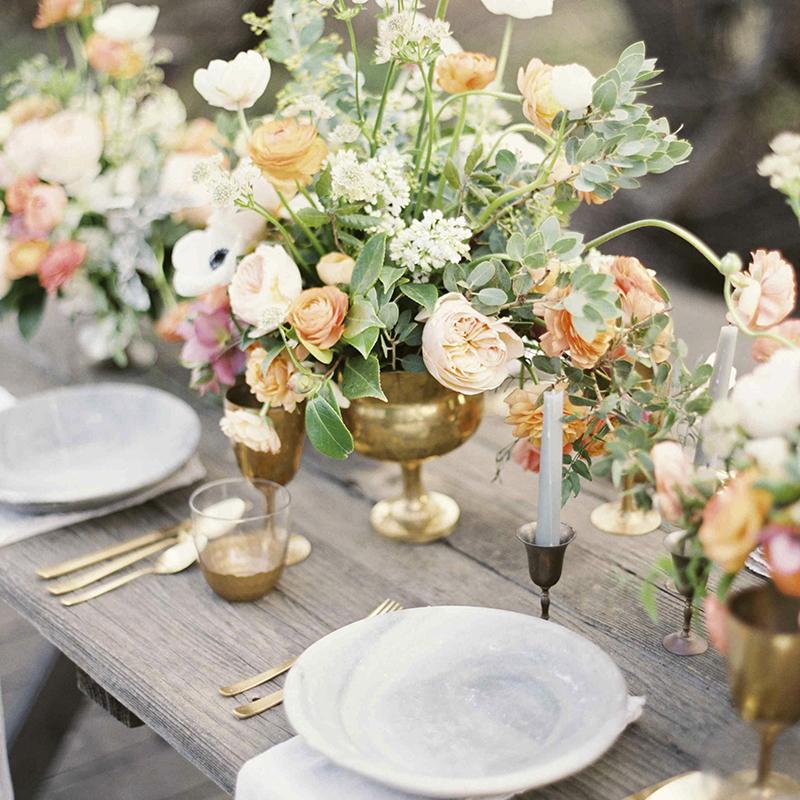 unique wedding flowers santorini